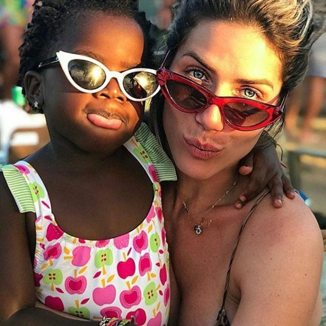 75b57fa8ba48d óculos de sol febre em alta entre as celebridades go fashion verão 2018 01  gio ewbank