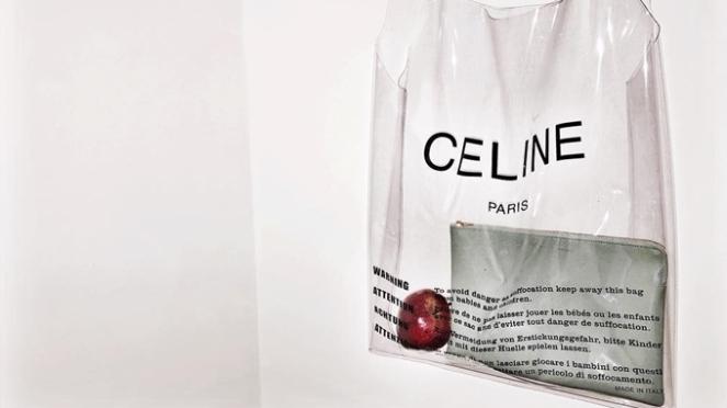 bolsa-transparente-sacola-celine-polemica-alto-preço-cara-coleção-acessório-verão-2018-go-fashion-julia-rolim-cruzeiro-do-sul-02