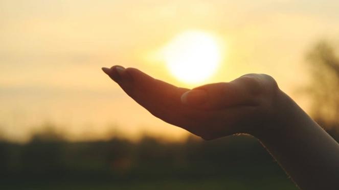 gratidao-reflexao-estar-em-um-lugar-incertezas-medos-mudar-a-perspectiva-de-vida-kevelin-silva-2018-blog-loucuras-de-julia-rolim-01