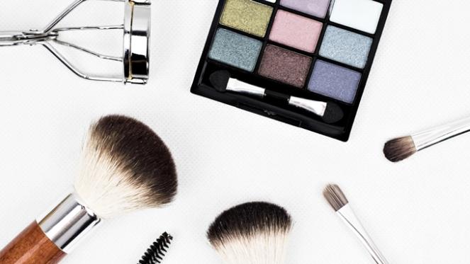 truques-para-a-maquiagem-durar-mais-no-calor-verao-suor-makeup-beleza-dicas-m-de-mulher-2018-blog-loucuras-de-julia-rolim-02